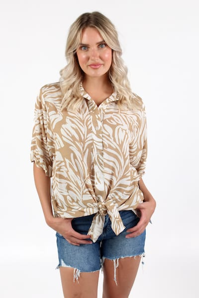 Venice Top in Sand, Willow, e.Allen, Nashville, Franklin, Murfreesboro